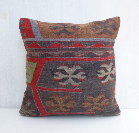 charming ethnic kilim pillow cover - Sophie's Bazaar - 1