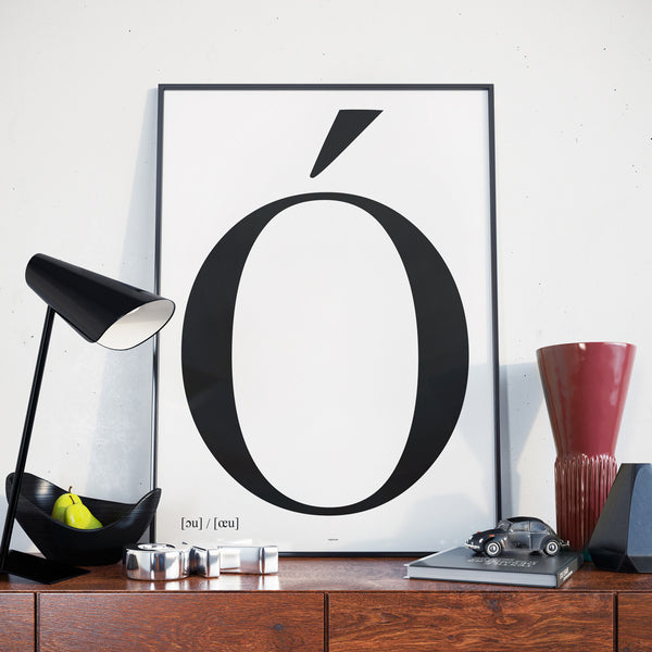 The Ó - Typography poster