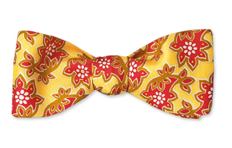 Yellow Floral Straight Edge Batwing Bow Tie