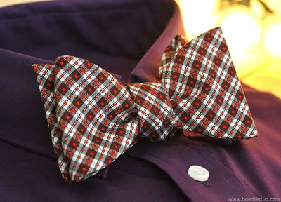 holiday red plaid bow tie
