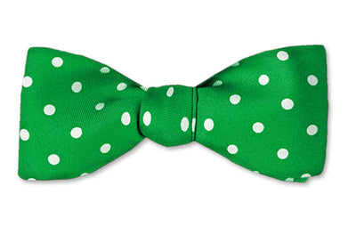 Green Polka Dots Straight Edge Batwing Bow Tie