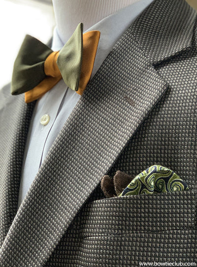 Italian wool flannel pocket square on houndstooth sportcoat