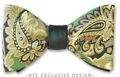 Reversible Green Paisley Hunter Green Bow Tie