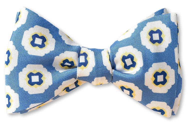 pretied oxford cloth weave light blue bow tie