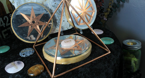 "6"" Copper Pyramid Collection/Mirror/Copper/Wood 5"" grid base & Wordstone"