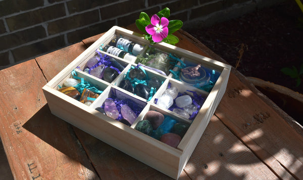 Crystal Grid Kit with Wooden divided box - Awesome Assortment; FB1757