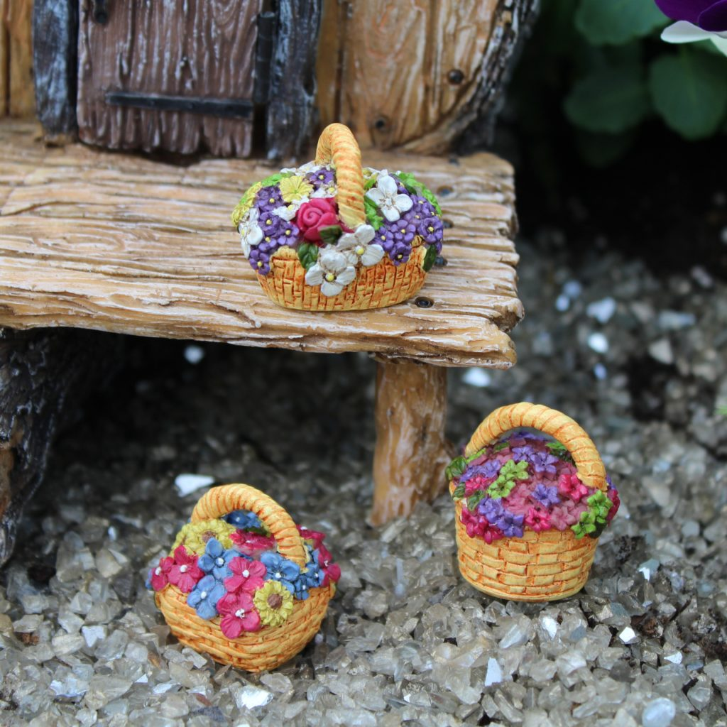Fairy Garden / Miniature Accessories - Flower Basket with Handle; FB1726