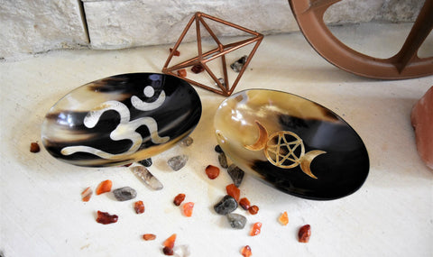 Om  or Triple Moon Bowls carved from horn; FB1257