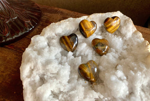 Tiger Eye Pocket Heart for psychic abilities, calm and prosperity