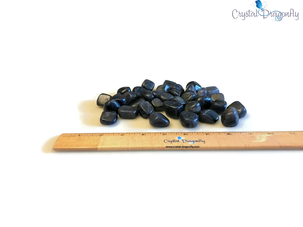 Tumbled Iolite for dissolving fear and anxiety; FB1401