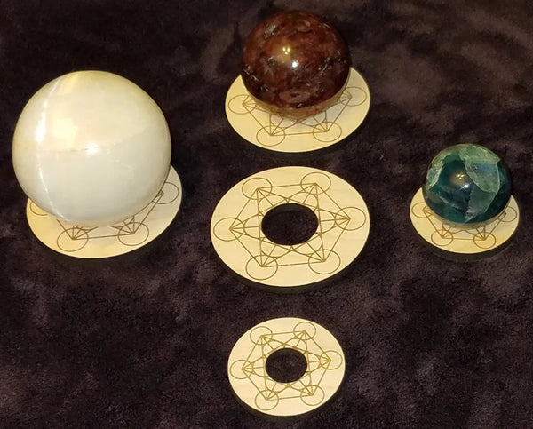 Sphere or Carved Egg Stands, Engraved Wood Rounds, FB2584