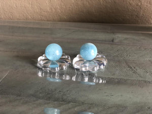 Aquamarine Mini Sphere with Flower Petal Ring Stand FB2649