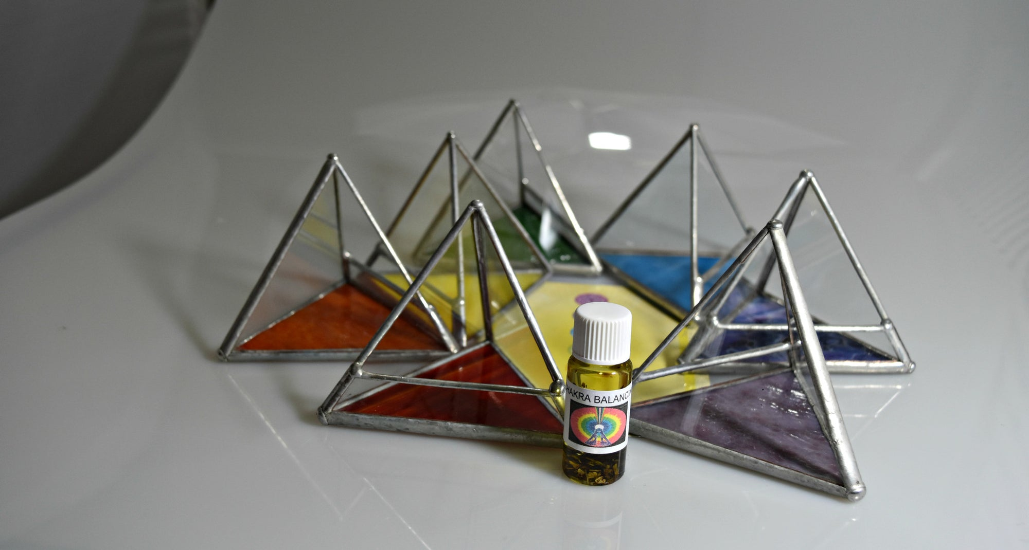 Glass Pyramids with Chakra colors, FB1111