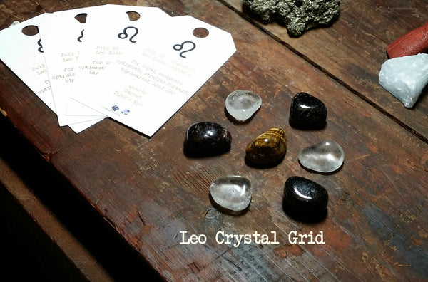 "Zodiac ""Leo"" Crystal Astrology Grid - Clear Quartz, Garnet, Tiger's Eye"