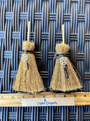 Raffia Witch Broom with charm and Black Tourmaline or Black Obsidian Point FB2764