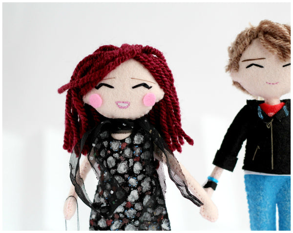 custom art dolls made to order, selfie dolls, mini-you dolls, Christmas gift ideas, gifts for him, gifts for her, boyfriend gifts ideas. SHOP: www.whisperofthepipit.com