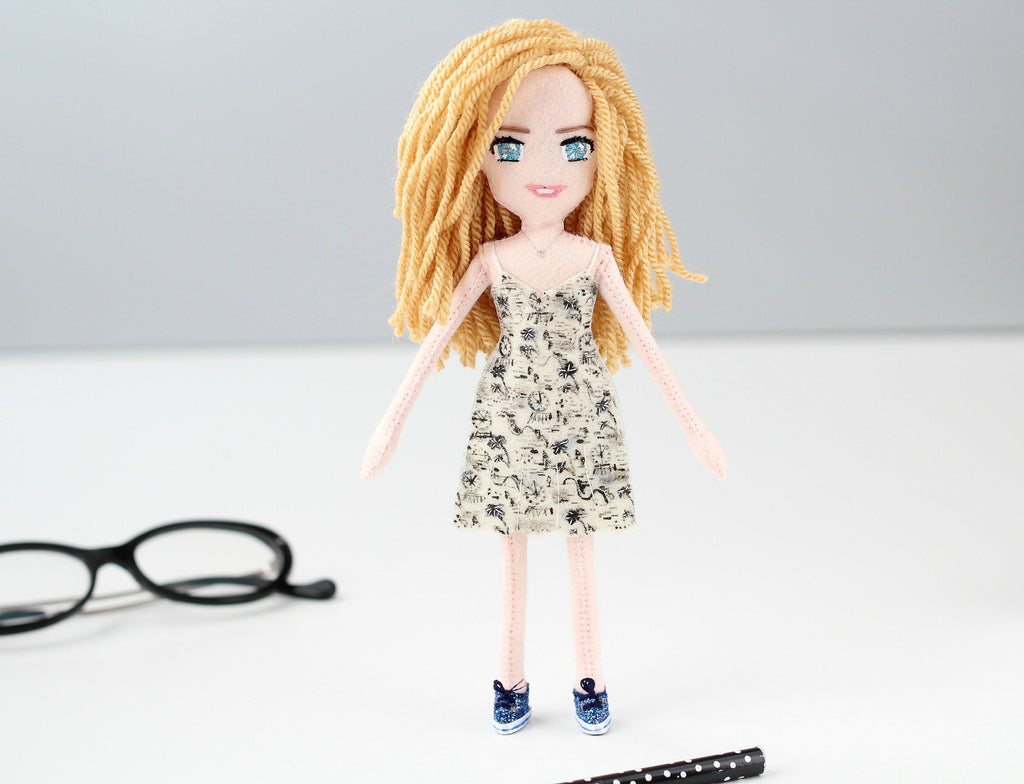 selfie doll of Laurie