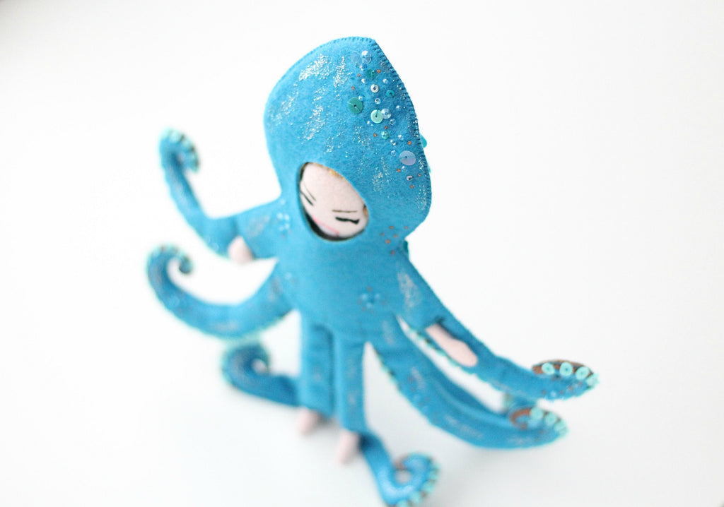 octopus doll shiny details