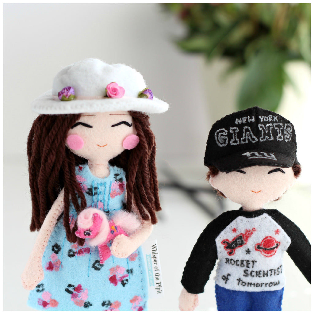 Custom art dolls to look like you or your loved ones. Mini-you art dolls.