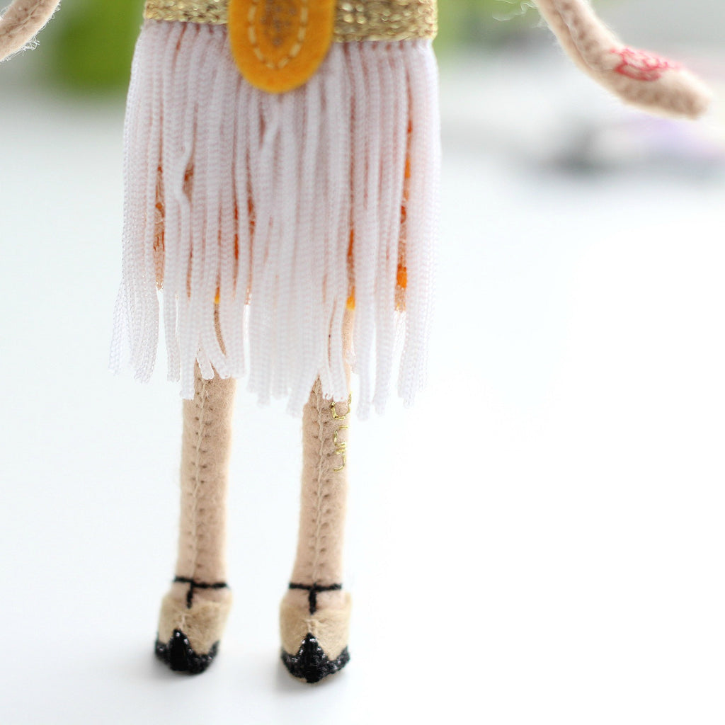 leo zodiac, whisper of the pipit dolls, felt doll, leo doll