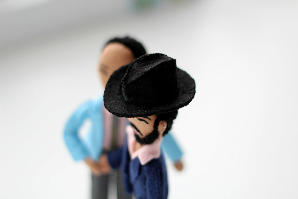 miniature felt hat, selfie dolls