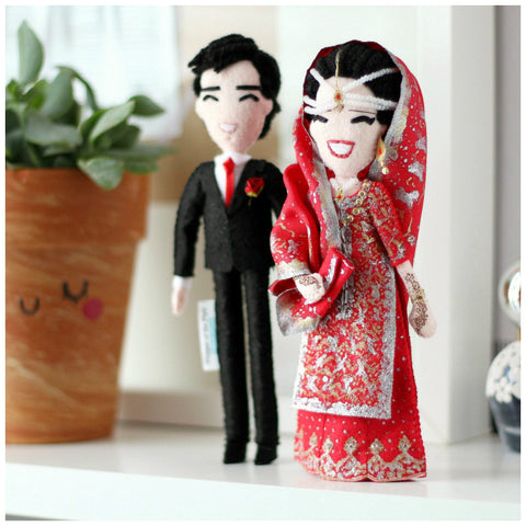 pakistani wedding, pakistani dolls, custom art dolls to look like you or your loved ones. What to give parents for anniversary, wedding. Selfie dolls. Boyfriend gift ideas. Gifts for her. Mothers day gift. Valentines Day gift. Mum to be gifts. Personalised dolls. Family portraits. Where to buy personalised gift. What to give boyfriend. Anniversary gifts. What to give dad on his birthday. SHOP: www.whisperofthepipit.com