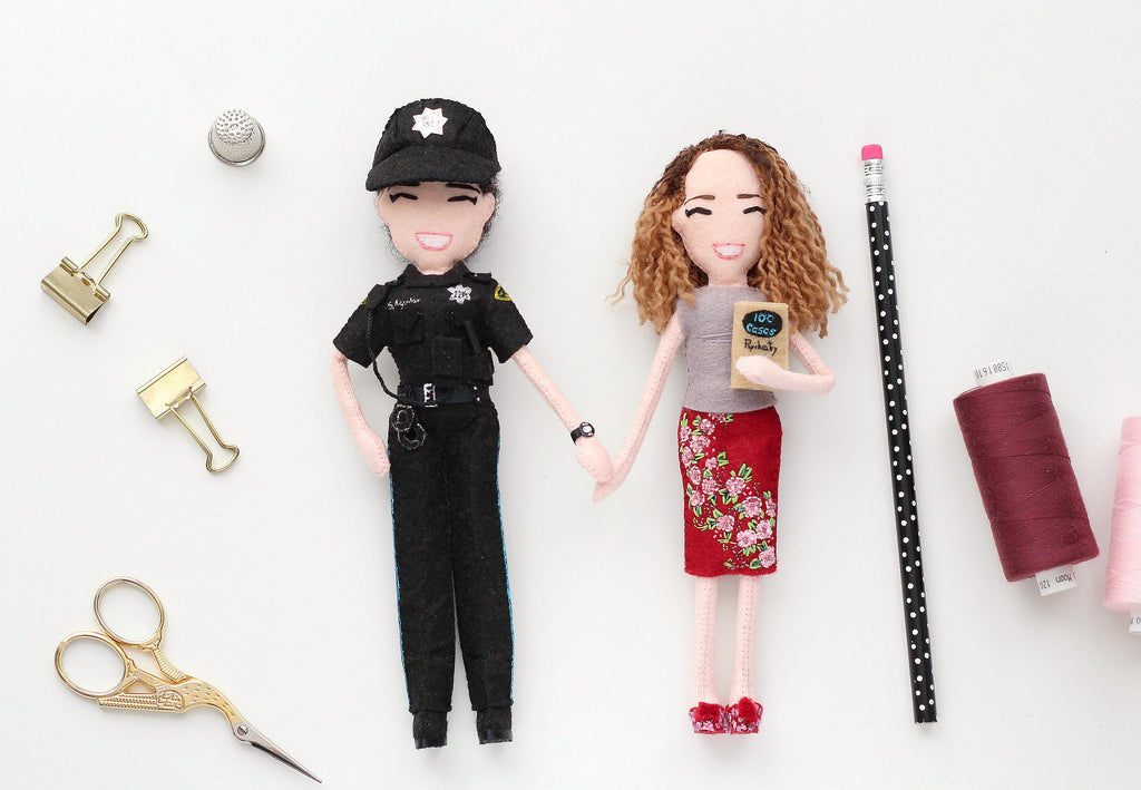 selfie dolls of police officer and psychiatrist