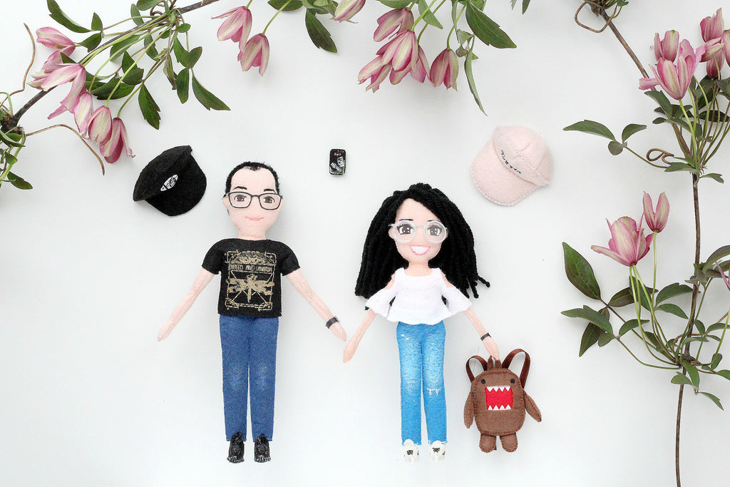 selfie dolls couple him and her whisper of the pipit