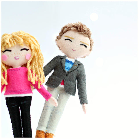 Selfie Doll as Cake Topper
