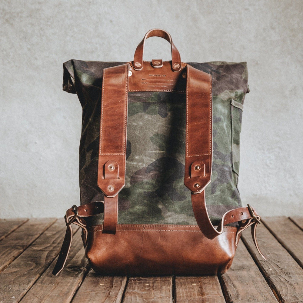 The Biographer - Waxed Camo Bag Bradley Mountain