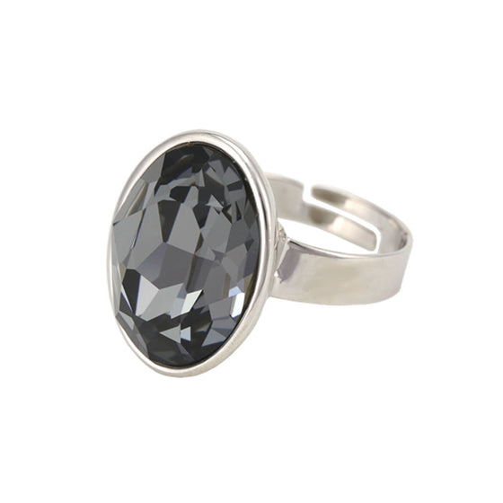 Nora Oval Ring