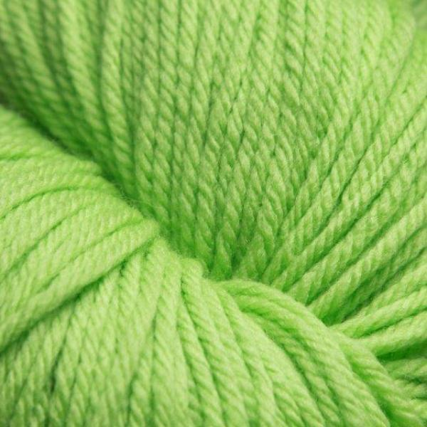 Jagger Spun Super Lamb 4/8 Yarn Green Apple