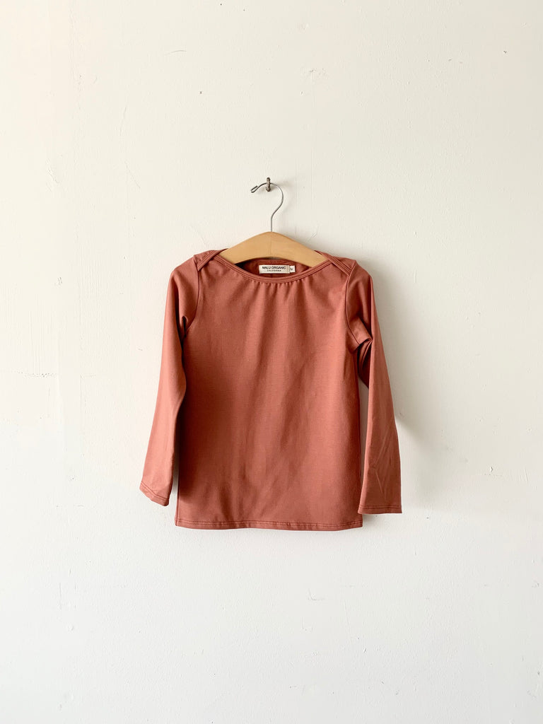 organic cotton lap neckline tee - clay