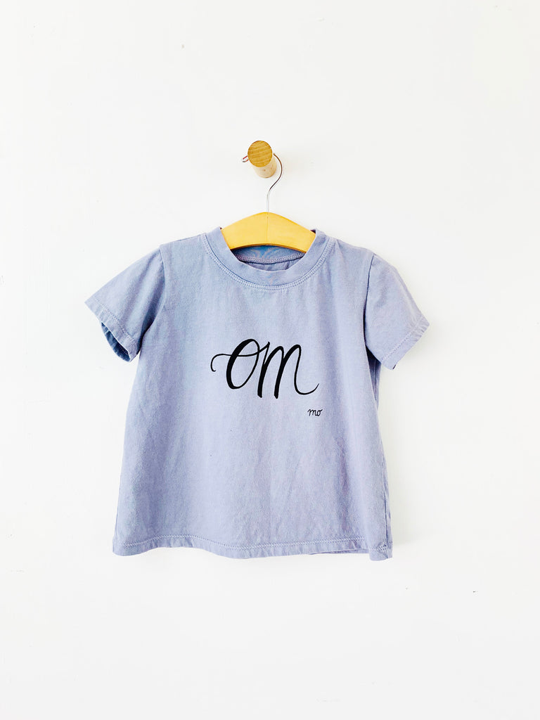 basic t shirt - om / lavender / sample sale