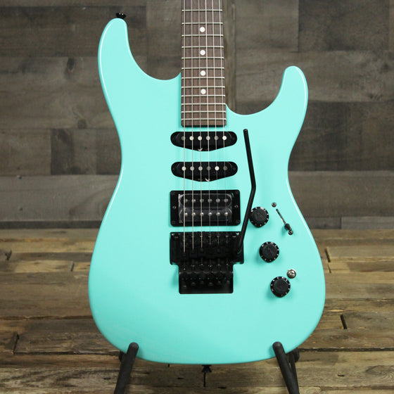 Fender Limited Edition HM Strat - Ice Blue