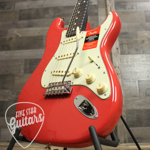 Fender Limited Edition American Professional Stratocaster Rosewood Neck - Fiesta Red