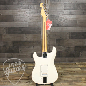 EOB Sig Fender Stratocaster, Maple Fingerboard, Olympic White