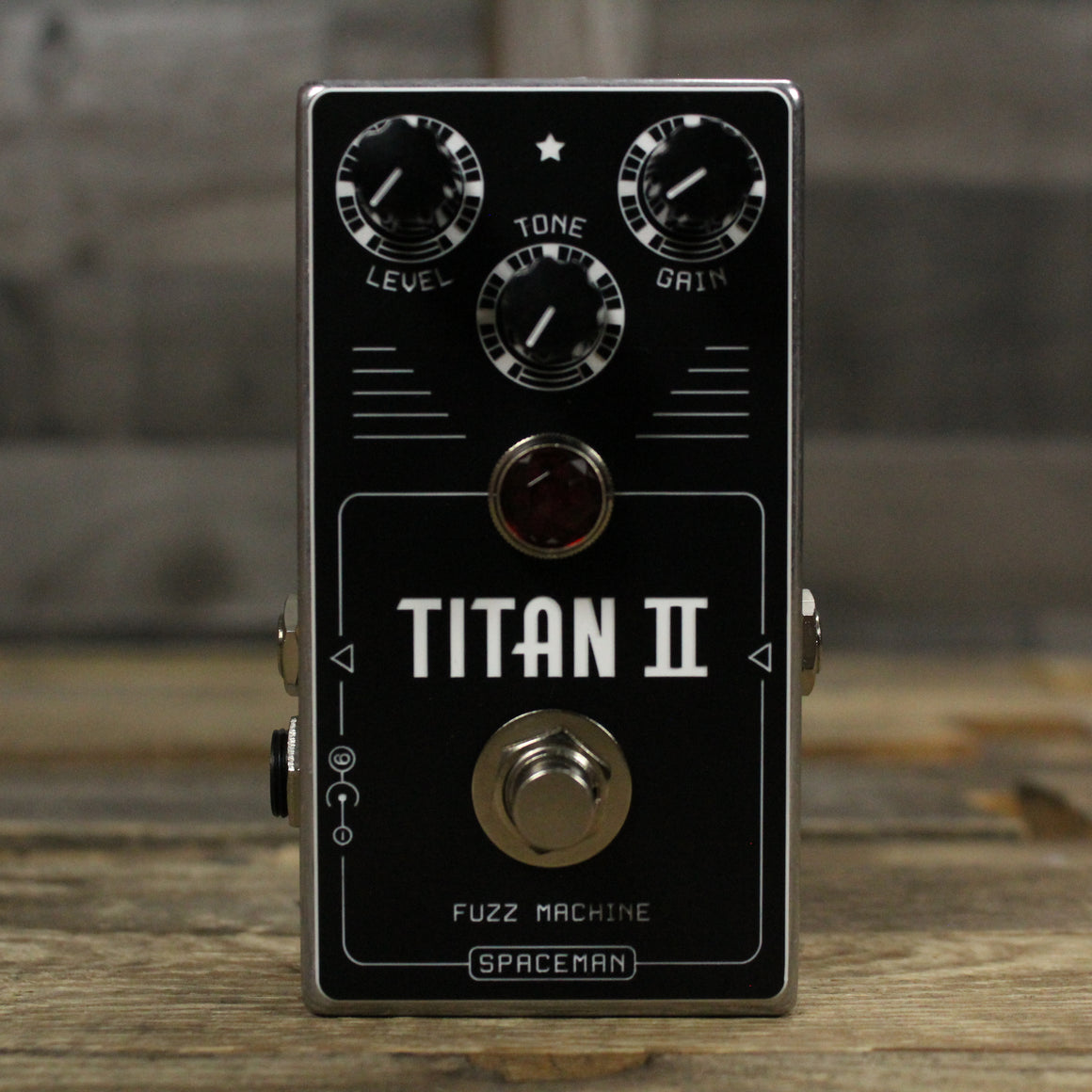 Titan II Fuzz Machine - Silver Edition
