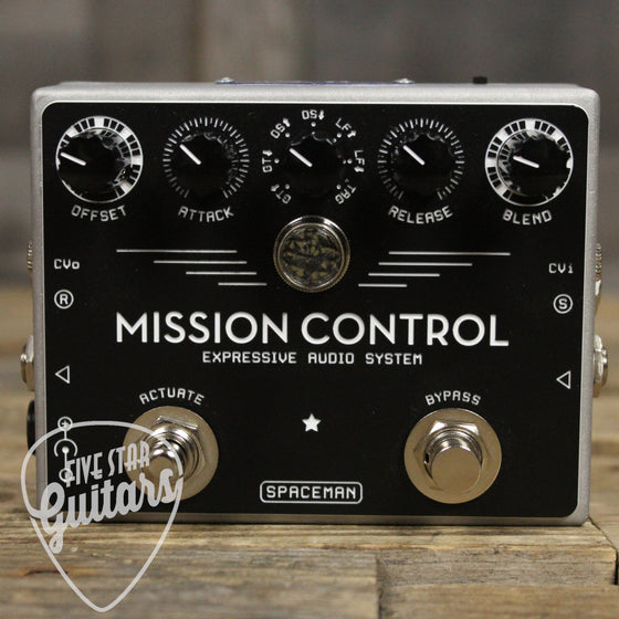 Pre-owned Spaceman Mission Control - Silver