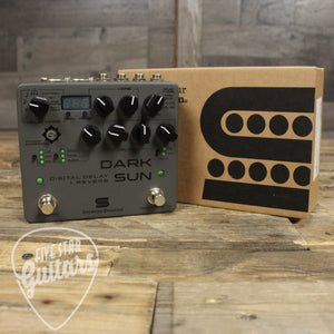 Dark Sun Digital Delay and Reverb