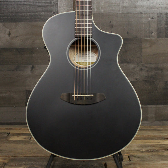 Breedlove Discovery Concert CE Black