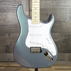 Paul Reed Smith Limited Edition Silver Sky Lunar Ice