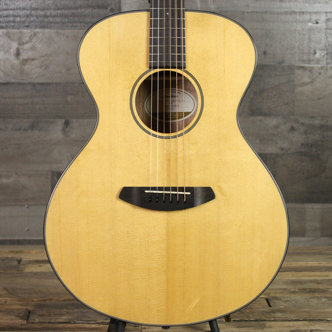 Breedlove Discovery Concert LH