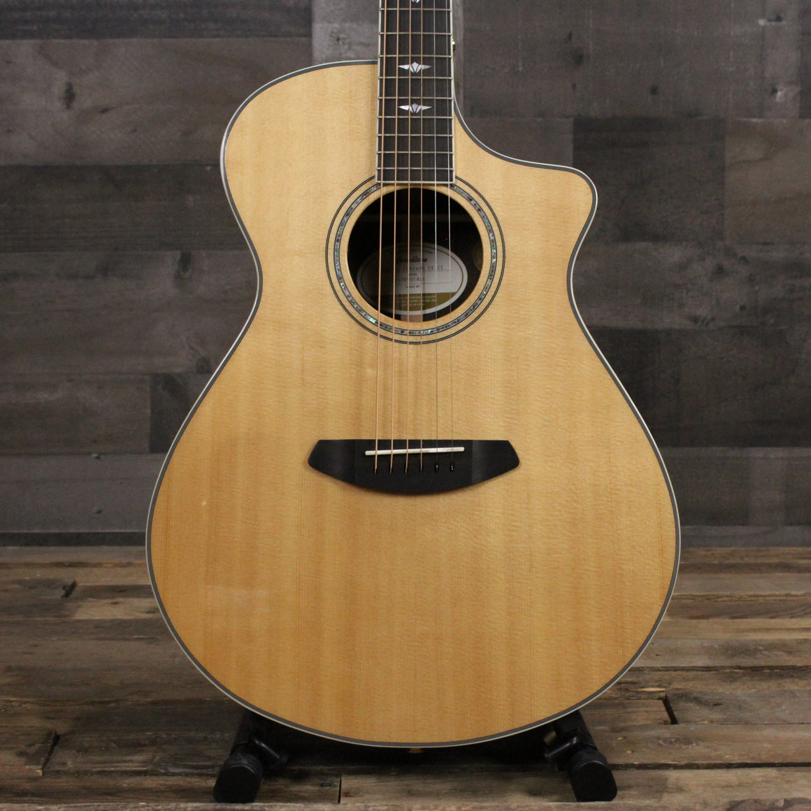 Breedlove Stage Exotic Series Sitka Spruce and Ziricote Concert
