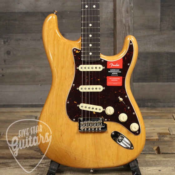 Fender Limited Edition Light Ash American Professional Stratocaster Aged Natural