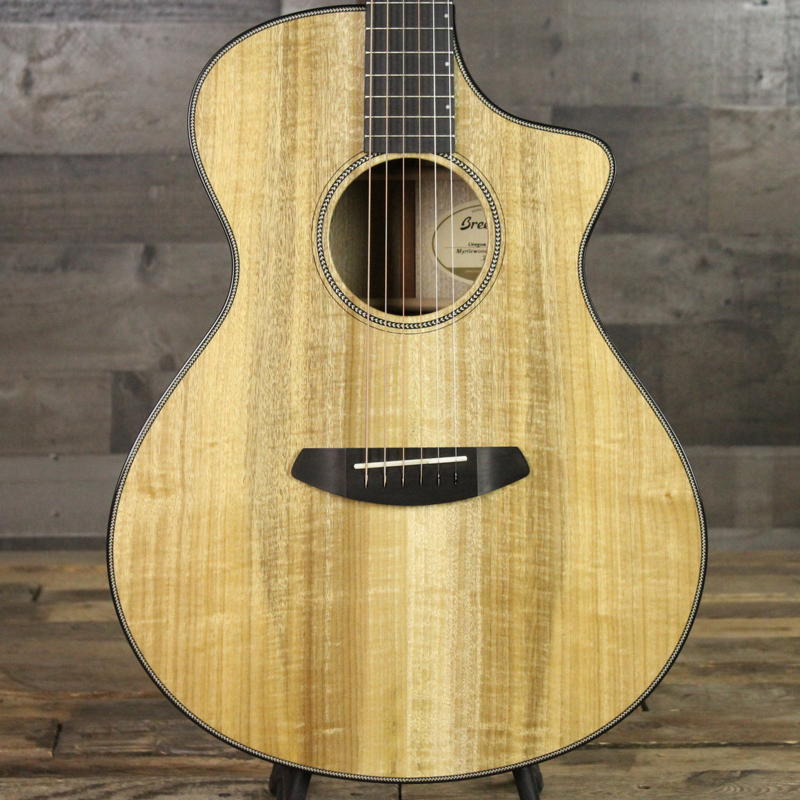 Pre-Owned Breedlove Concert CE