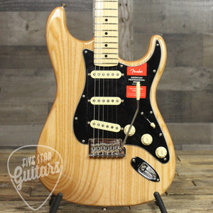 Fender American Pro Stratocaster, Maple Fingerboard, Natural