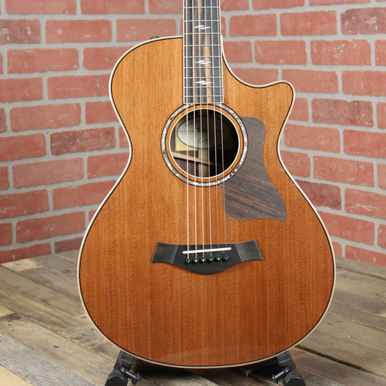 Taylor 812ce 12-fret LTD NAMM Exclusive - Limited Edition Redwood Top
