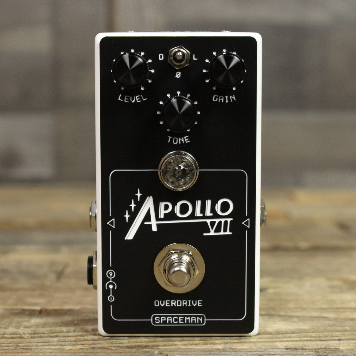 Spaceman Apollo VII Overdrive in White - Front