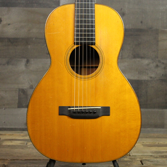 Pre-Owned 1930 Martin 0-18